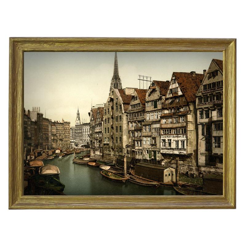 Картина обогреватель «Старый Гамбург» в рамке ПВХ 70X90 см. (0.5 кВт.)